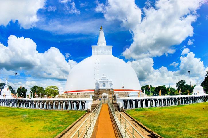 Ruwanwali stupa